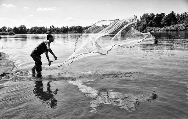 10 Manfaat Laut Bagi Kehidupan Manusia - sumber mata pencaharian