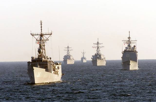 12 Manfaat Laut Bagi Kehidupan Manusia - sebagai benteng pertahanan alami