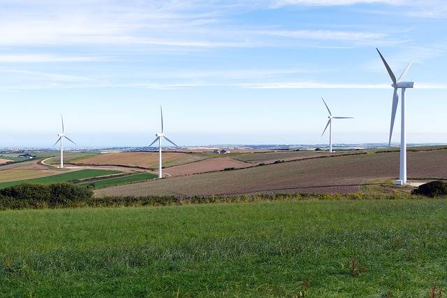 Ladang angin - contoh teknologi hijau